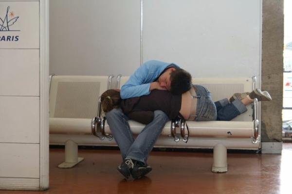 odd_sleeping_airports_35_15034341662907