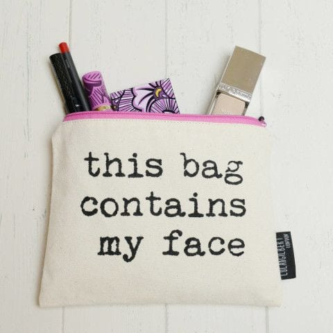a569a3069ea09bbfc23404363246966d--cute-makeup-bags-make-up-bags