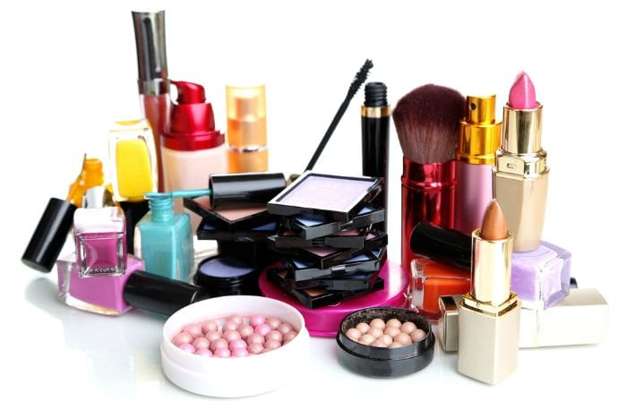 7-Alternate-Uses-of-Makeup-Products-4-1