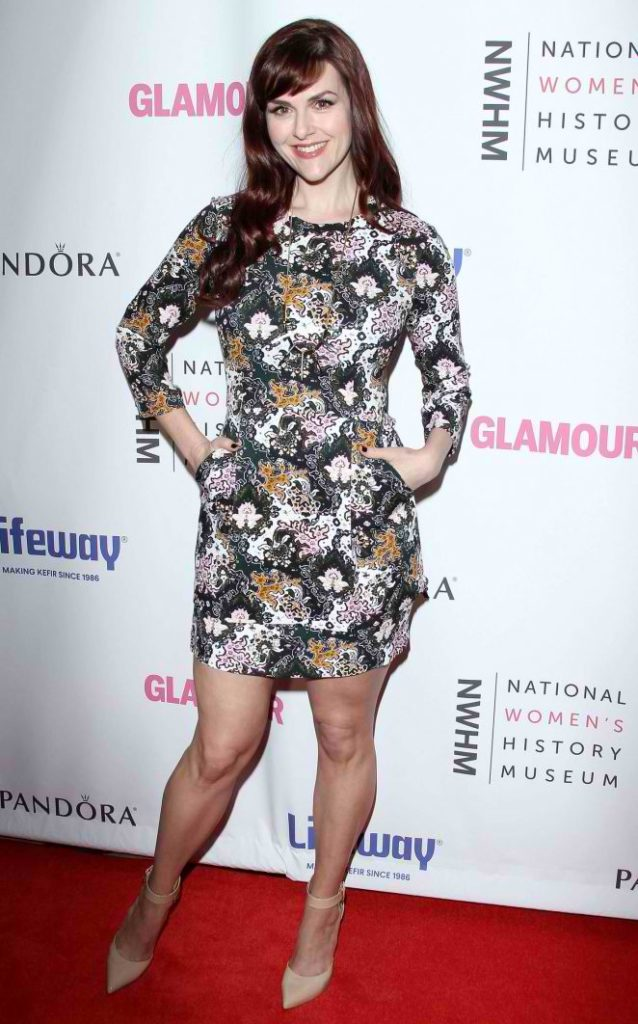 Sara-Rue-5th-Annual-Women-Making-History-Brunch--01-662x1062