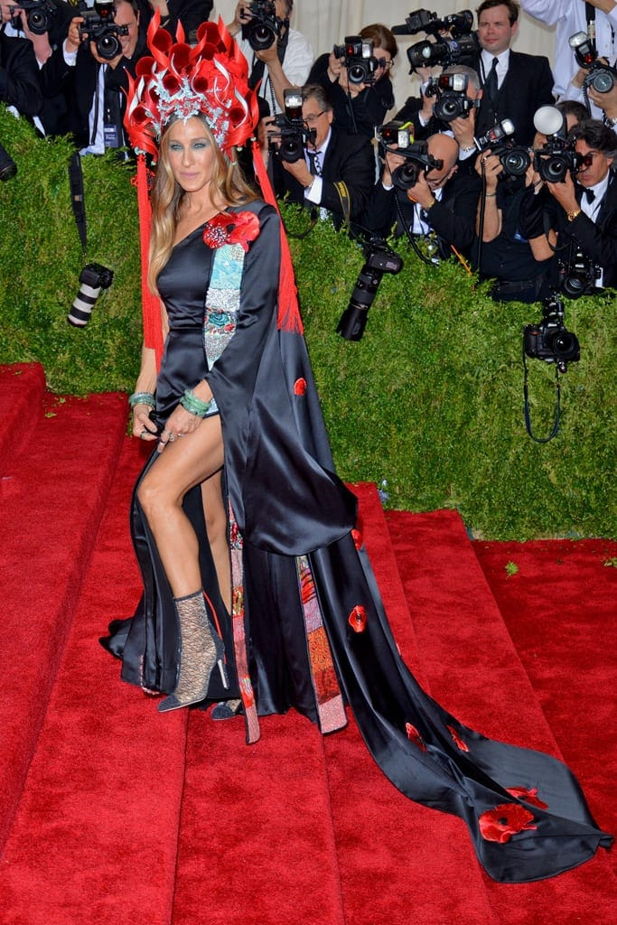 30 Of The Most Outrageous Celebrity Outfits Of All Time ...